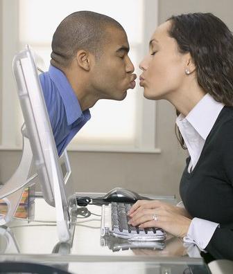 Online dating super obrazek