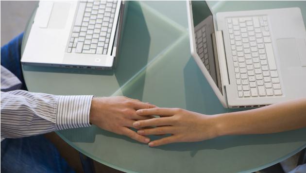 Online dating hands