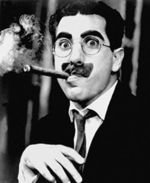 Groucho_marx_with_cigar
